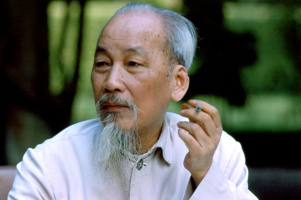 Chủ tịch Hồ Chí Minh: Lệ thuộc Trung Quốc – Không bao giờ!