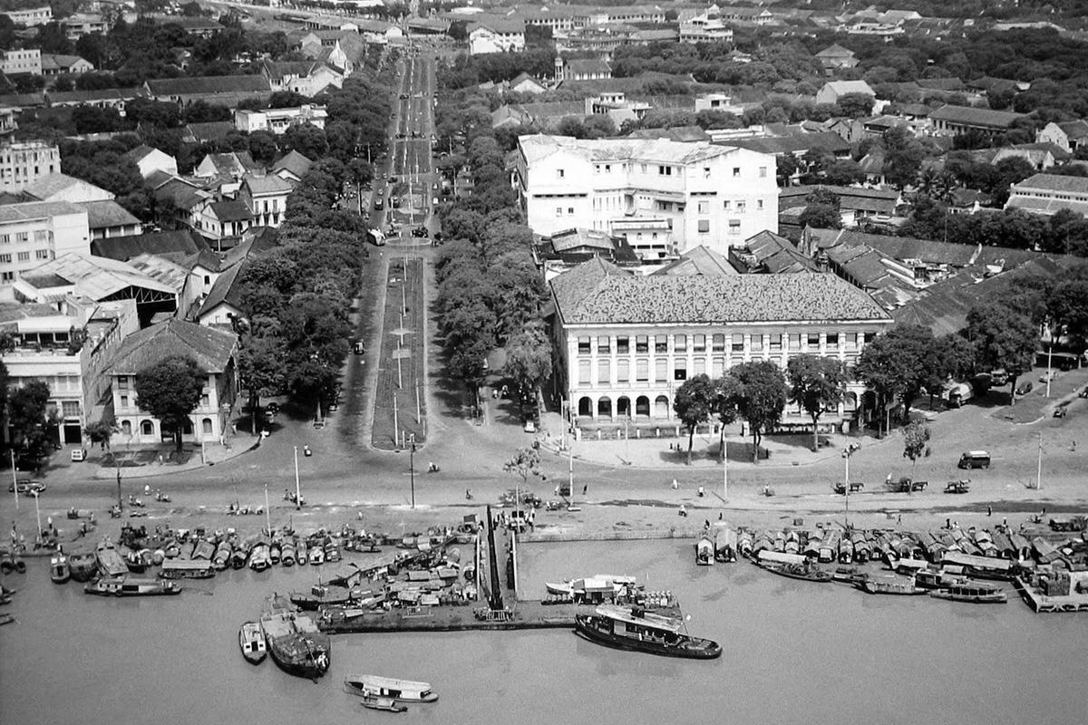 Sài Gòn năm 1955 qua 20 bức ảnh chụp từ máy bay