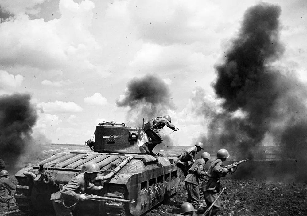 Cuộc chiến tranh Vệ quốc Vĩ đại qua góc nhìn của nhiếp ảnh gia quân đội