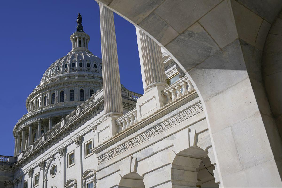 Về vấn đề tự do ngôn luận chính trị trong pháp luật Mỹ