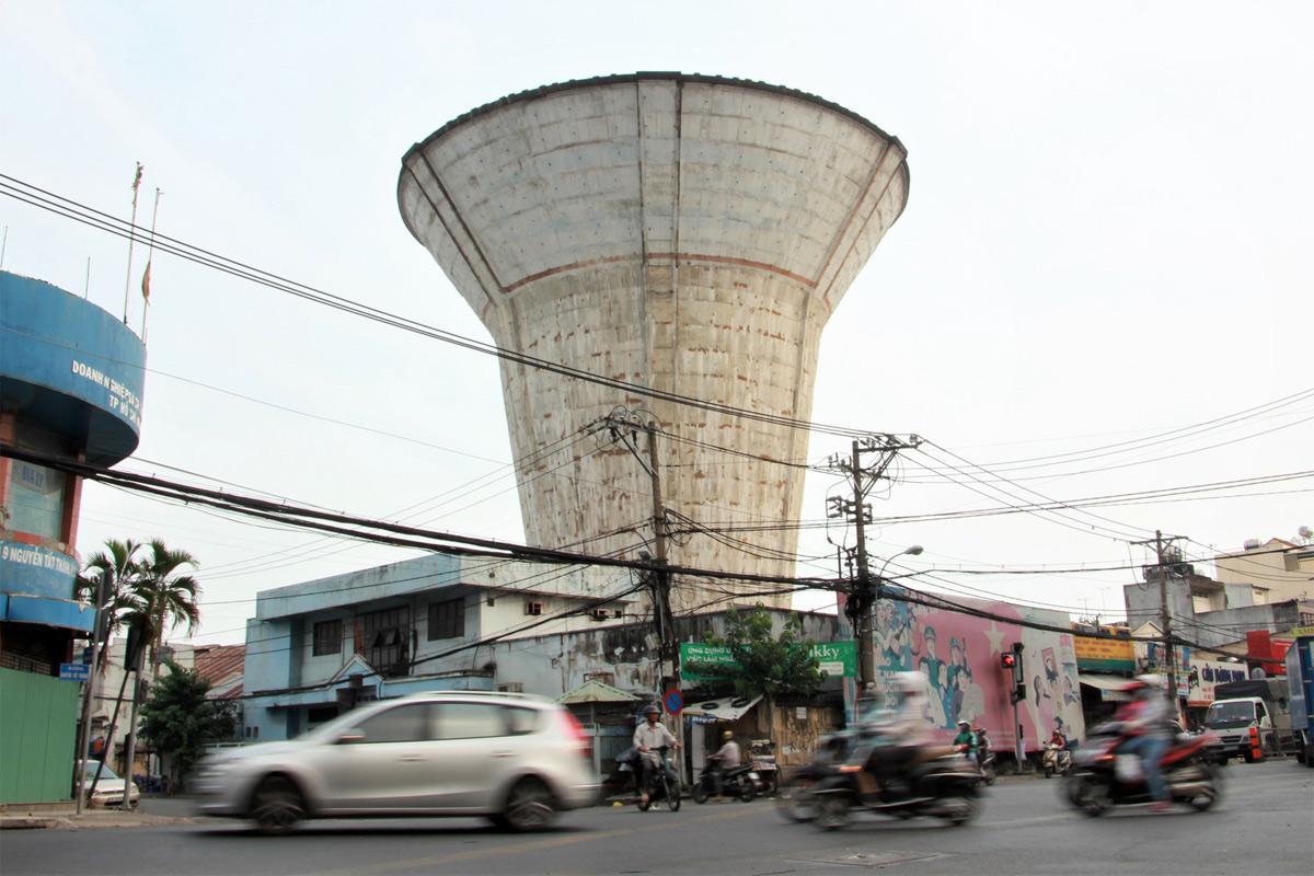 Đôi lời về một Sài Gòn 'kỳ cục'