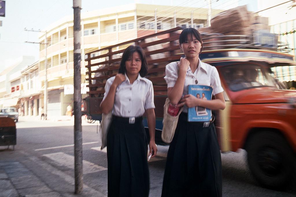 Cuộc sống ở Thái Lan năm 1978 qua ảnh phim khổ lớn của