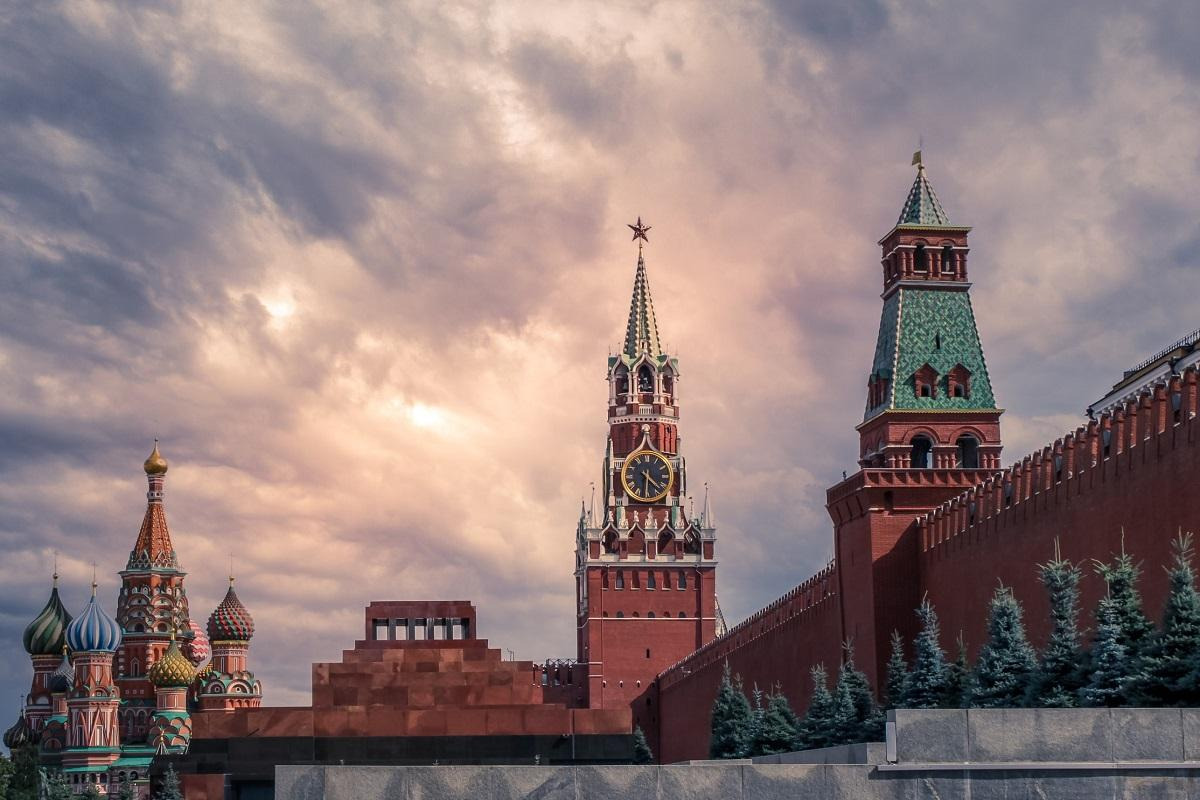 Hệ giá trị Nga trên những lằn ranh đỏ của một thế giới bất ổn