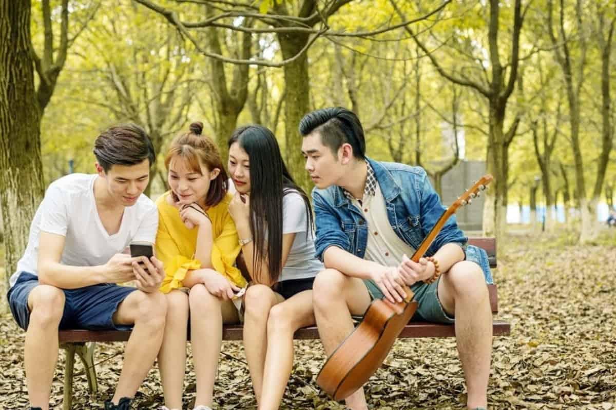 Một thế hệ nợ nần: Từ Việt Nam nhìn ra thế giới