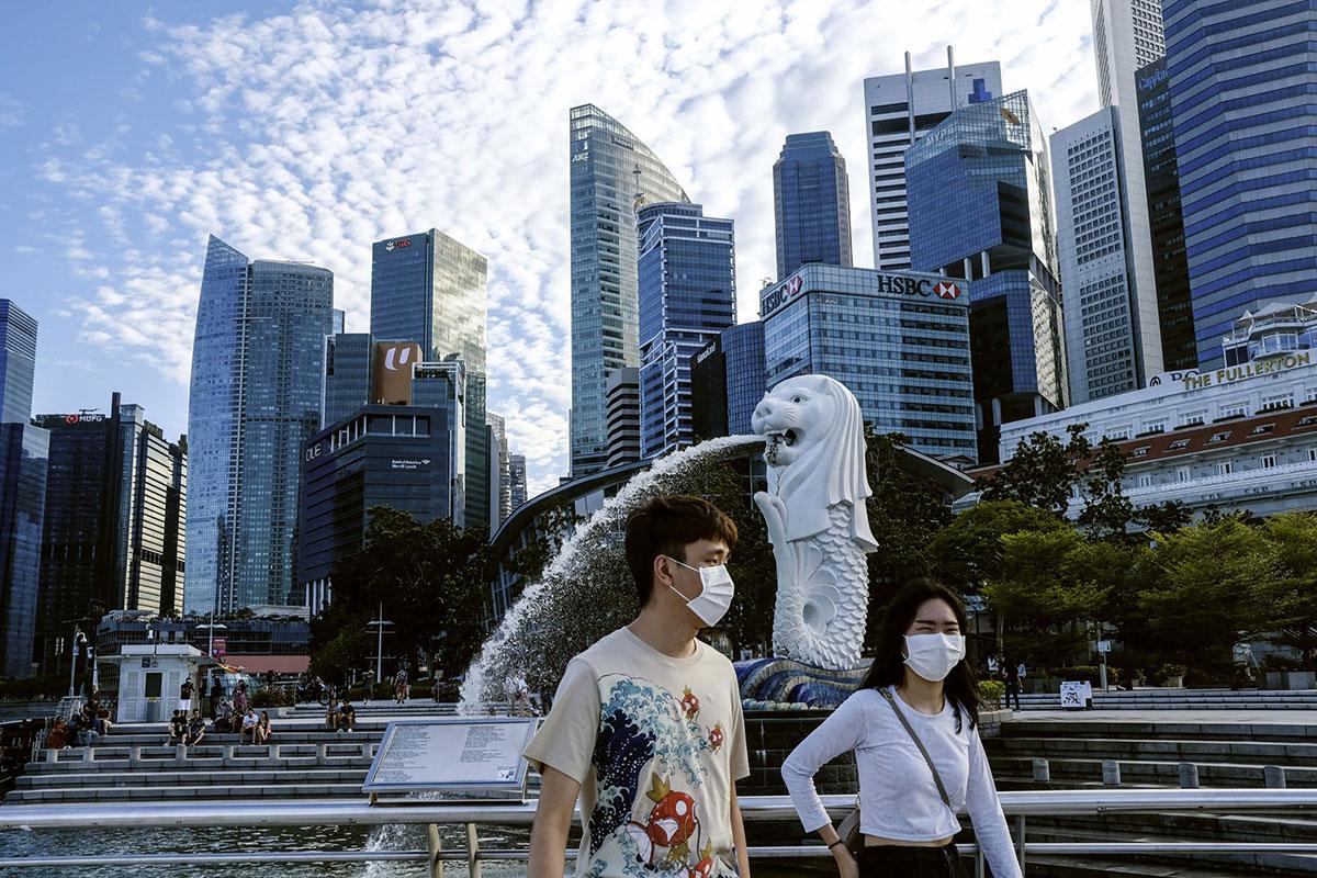 COVID-19: Từ 'đại dịch' đến 'bệnh đặc hữu' ở Singapore