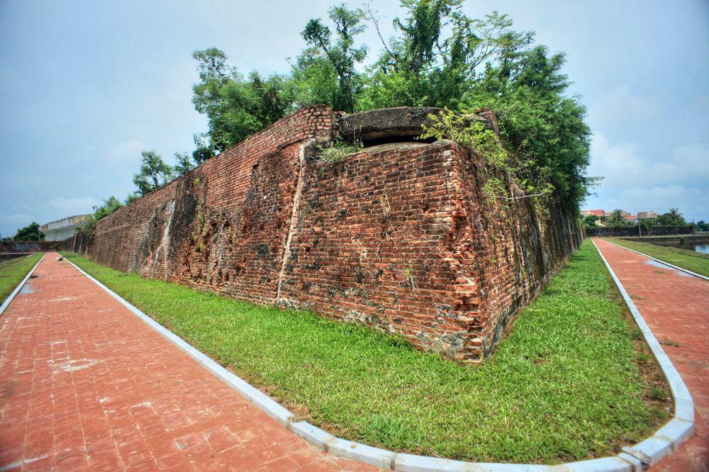 Chùm ảnh: Tòa thành 200 tuổi của mảnh đất Quảng Bình