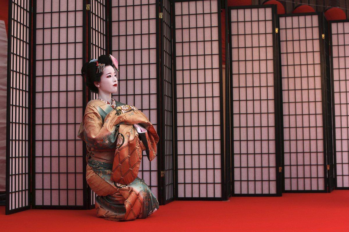Chùm ảnh: Geisha Nhật Bản vất vả giữ nghề trong đại dịch COVID-19