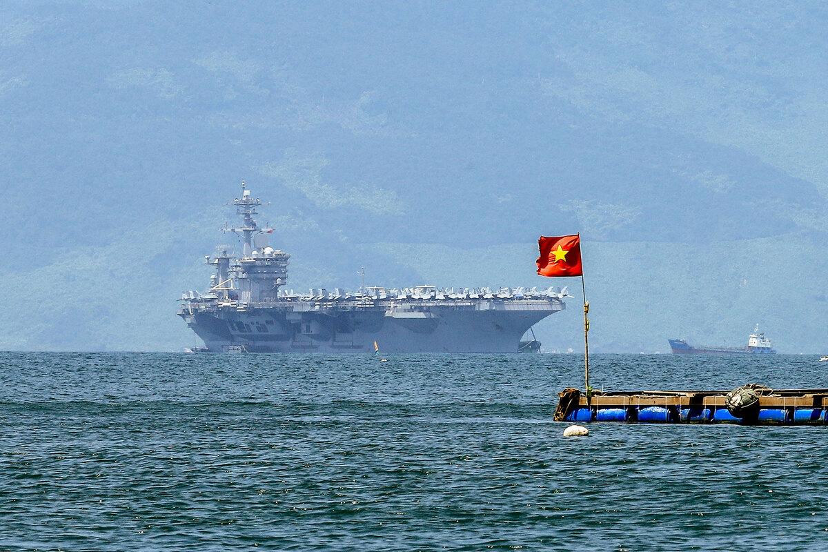 Quan hệ Mỹ – Việt trên bàn cờ chiến lược Mỹ – Trung