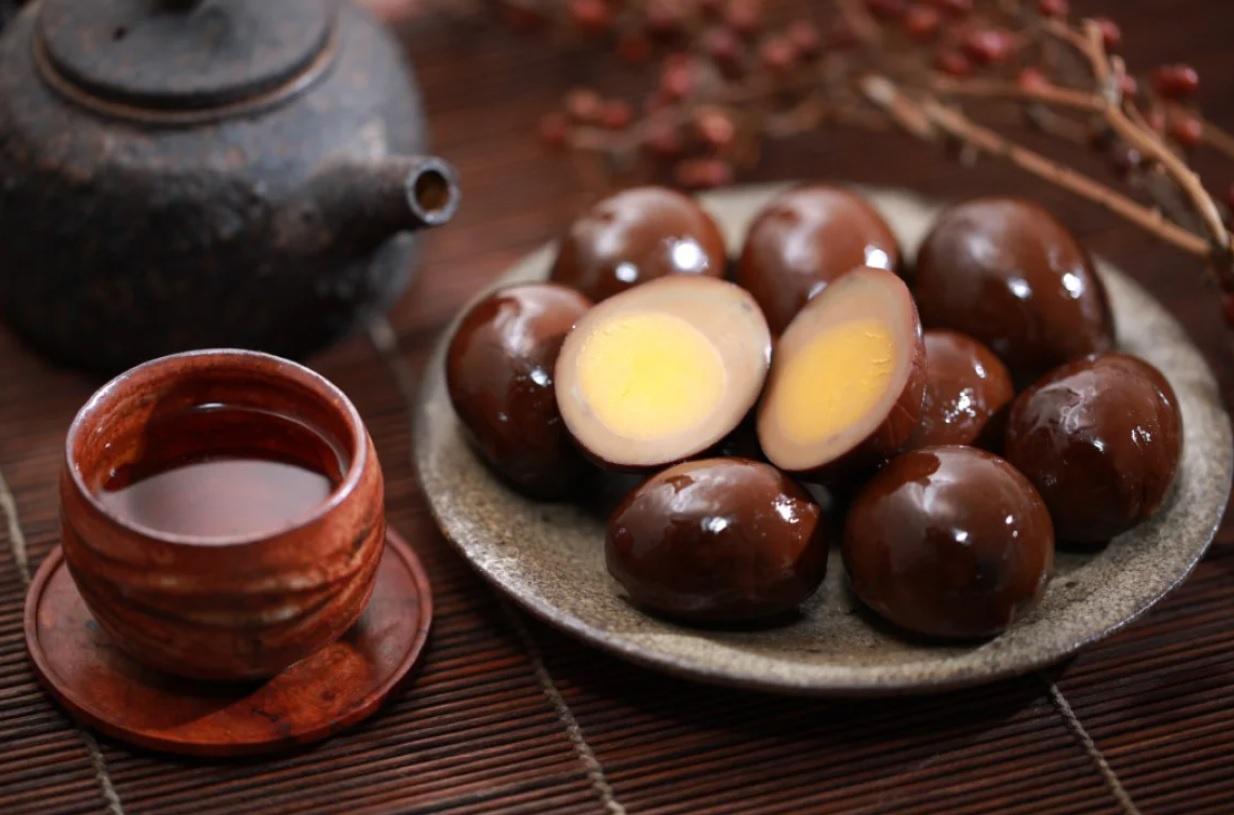 Chùm ảnh: Món trứng sắt màu đen 'hắc ám' của Đài Loan