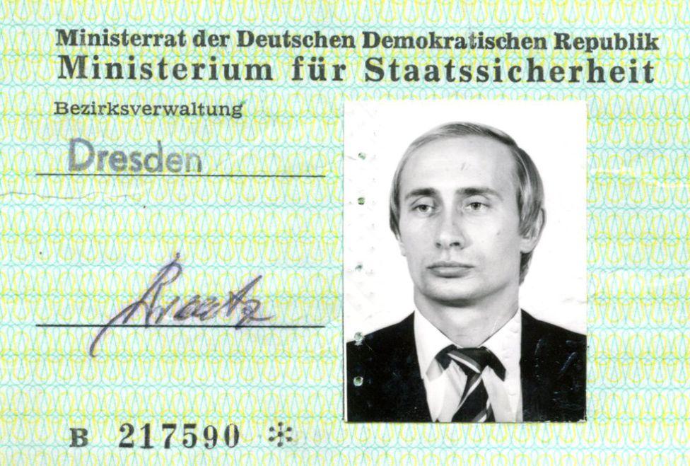 Chiến công của Trung tá tình báo V. Putin ở Đông Đức năm 1989
