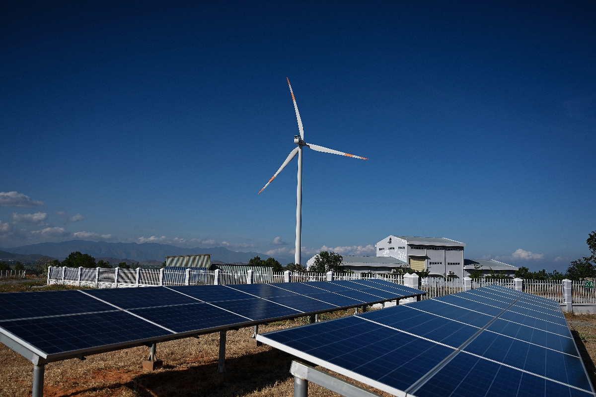 Mặt trái của việc phát triển năng lượng tái tạo không có kiểm soát