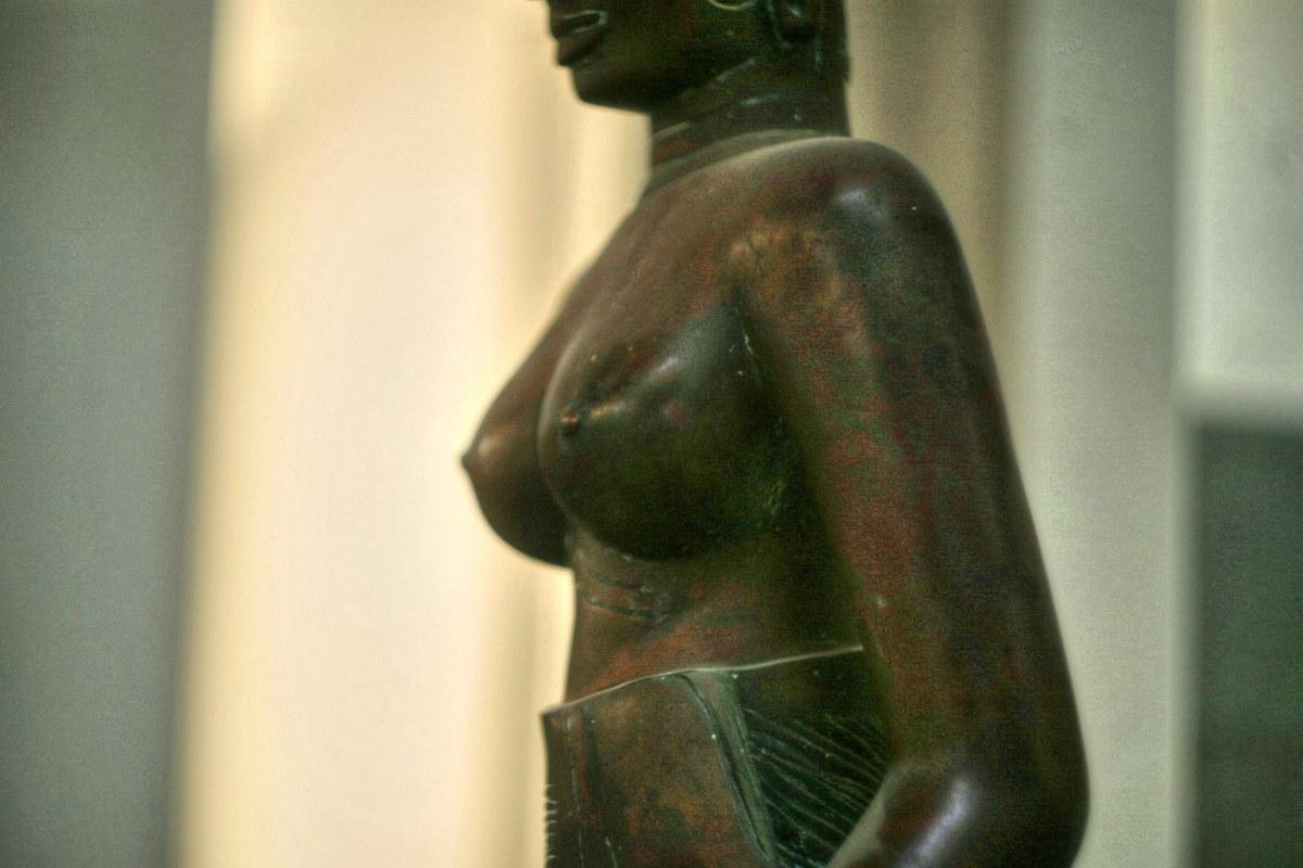 Chùm ảnh: Bức tượng khỏa thân tuyệt đẹp của vương quốc Champa
