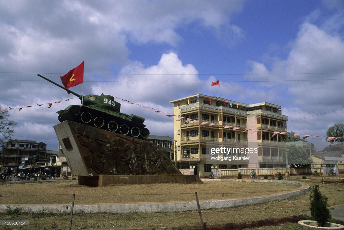 Việt Nam năm 1992 qua 80 bức ảnh của Wolfgang Kaehler