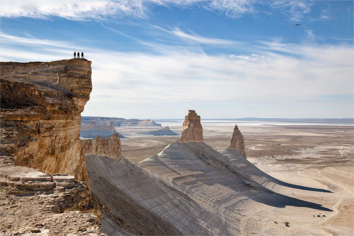 Chùm ảnh: Ustyurt – sa mạc đất sét trải dài qua ba quốc gia ở châu Á