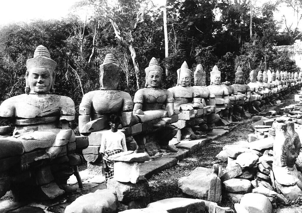 Ảnh tư liệu quý về phế tích Angkor ở Campuchia thập niên 1930