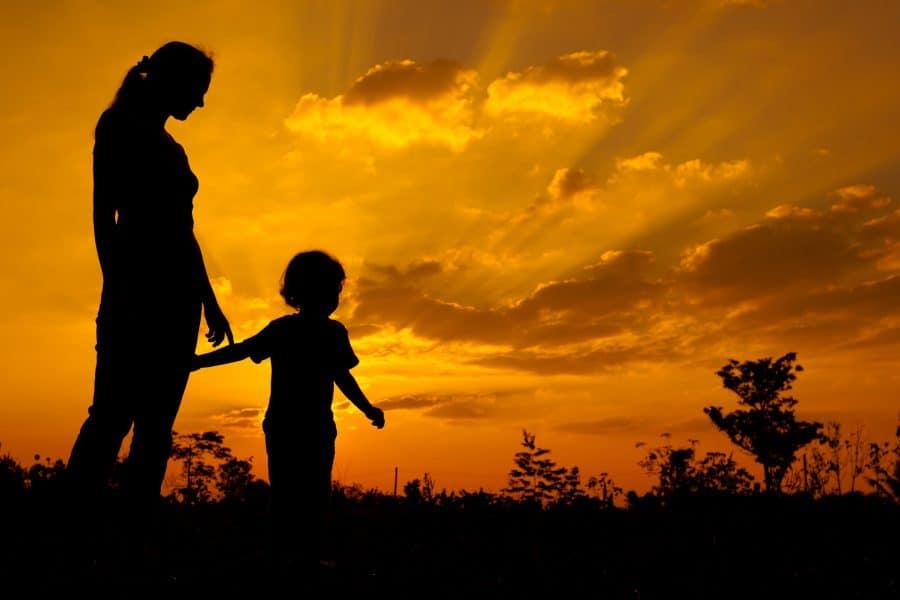 7 câu nói của cha mẹ khiến trẻ em tổn thương
