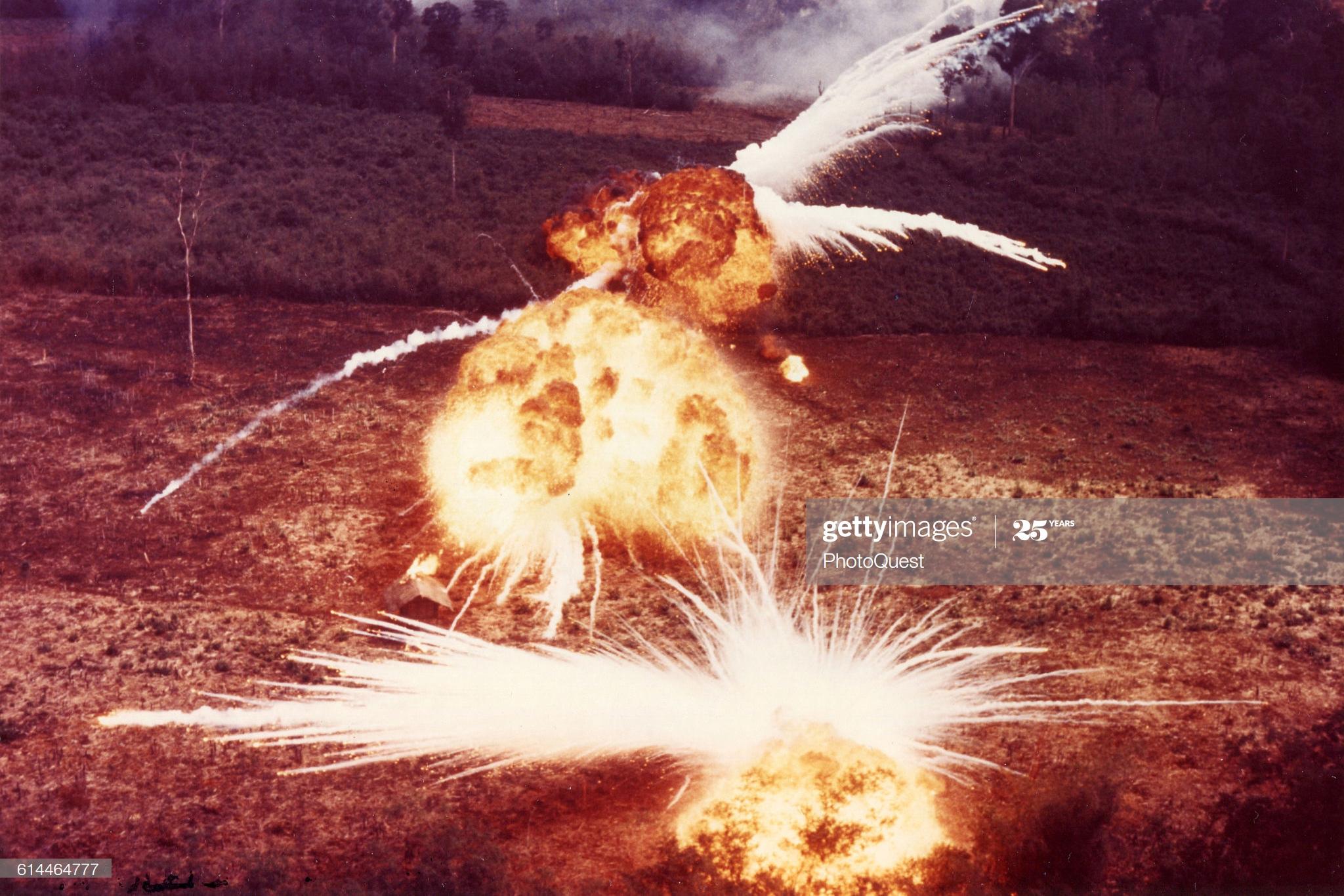 Chùm ảnh: Cảnh tượng hủy diệt khủng khiếp của bom Mỹ ở Việt Nam