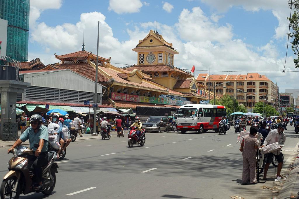 Redsvn Cho Binh Tay 01 - Kiến trúc độc đáo chợ bình tây xưa và nay