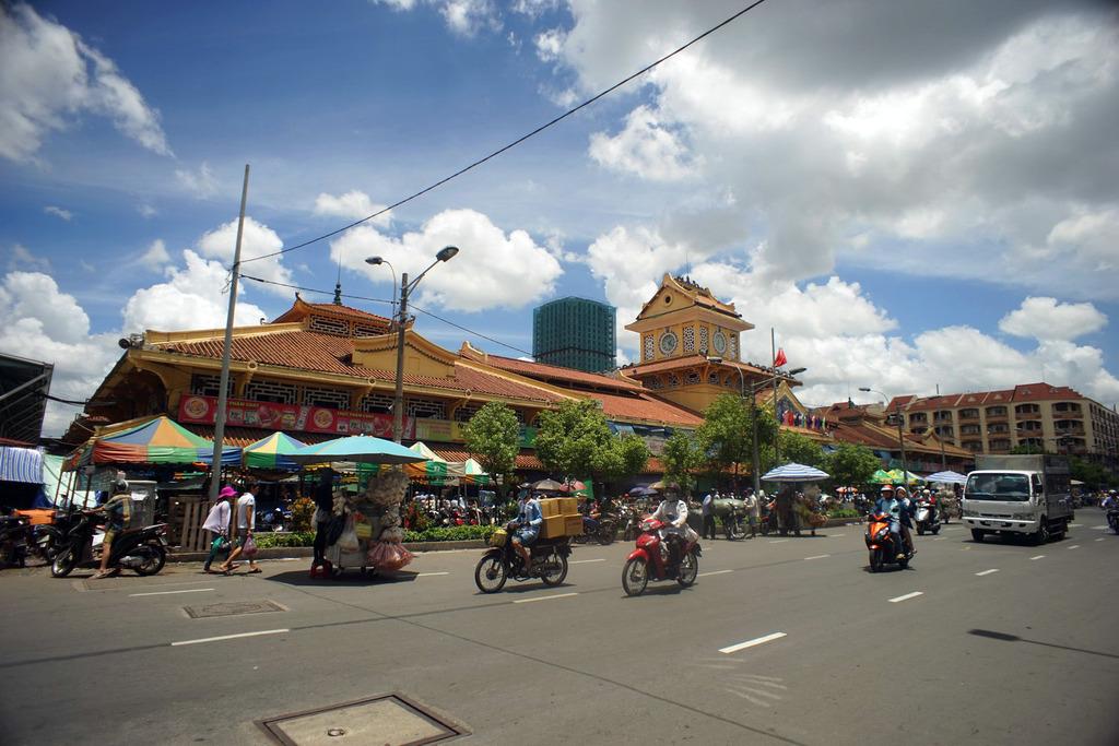 Redsvn Cho Binh Tay 12 - Kiến trúc độc đáo chợ bình tây xưa và nay