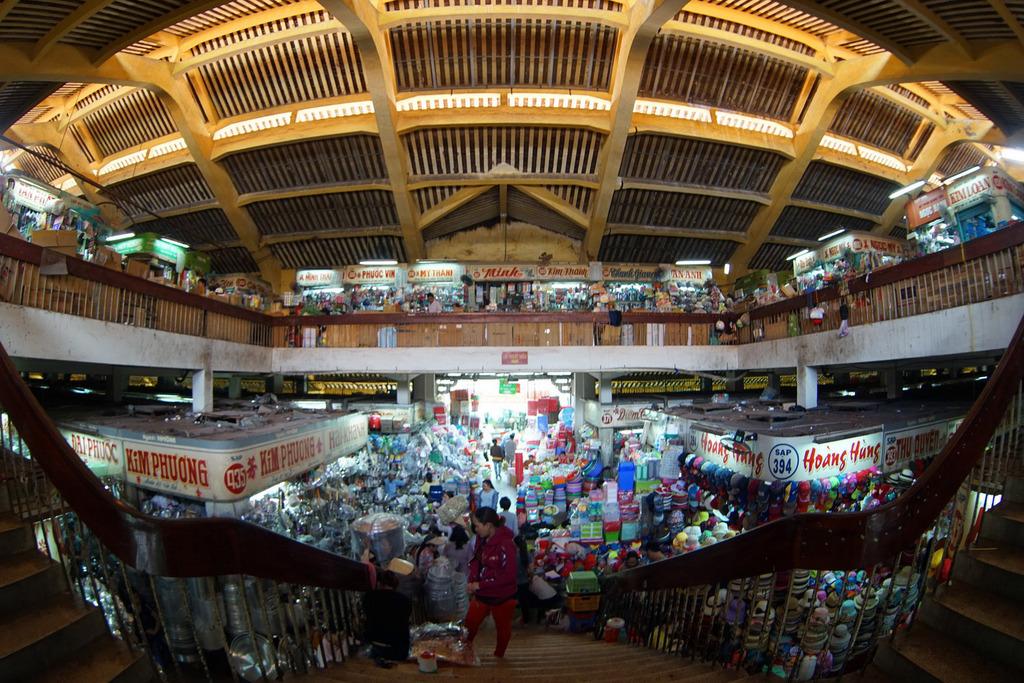 Redsvn Cho Binh Tay 14 - Kiến trúc độc đáo chợ bình tây xưa và nay