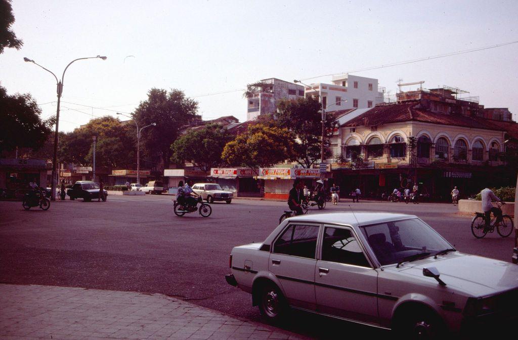 Redsvn Saigon 1989 Elmar Reich 07