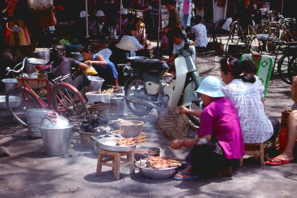 Redsvn Saigon 1989 Elmar Reich 25