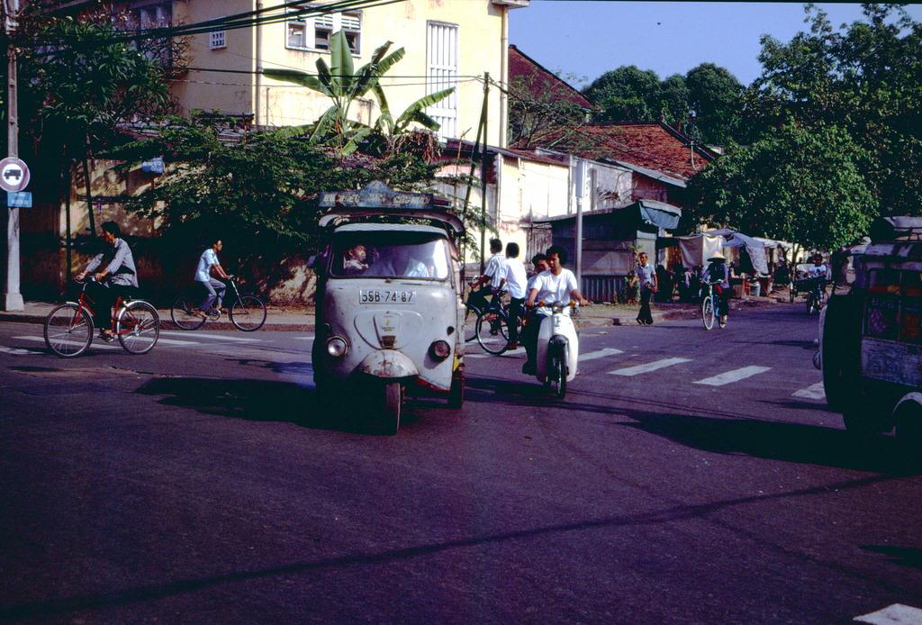 Redsvn Saigon 1989 Elmar Reich 30