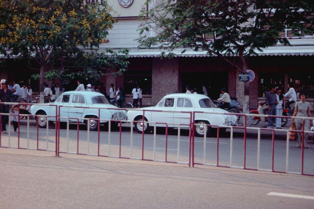 Redsvn Saigon 1989 Elmar Reich 40