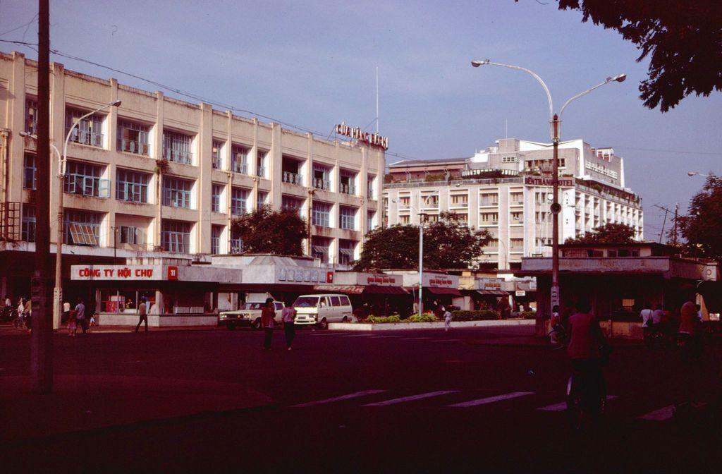 Redsvn Saigon 1989 Elmar Reich 58