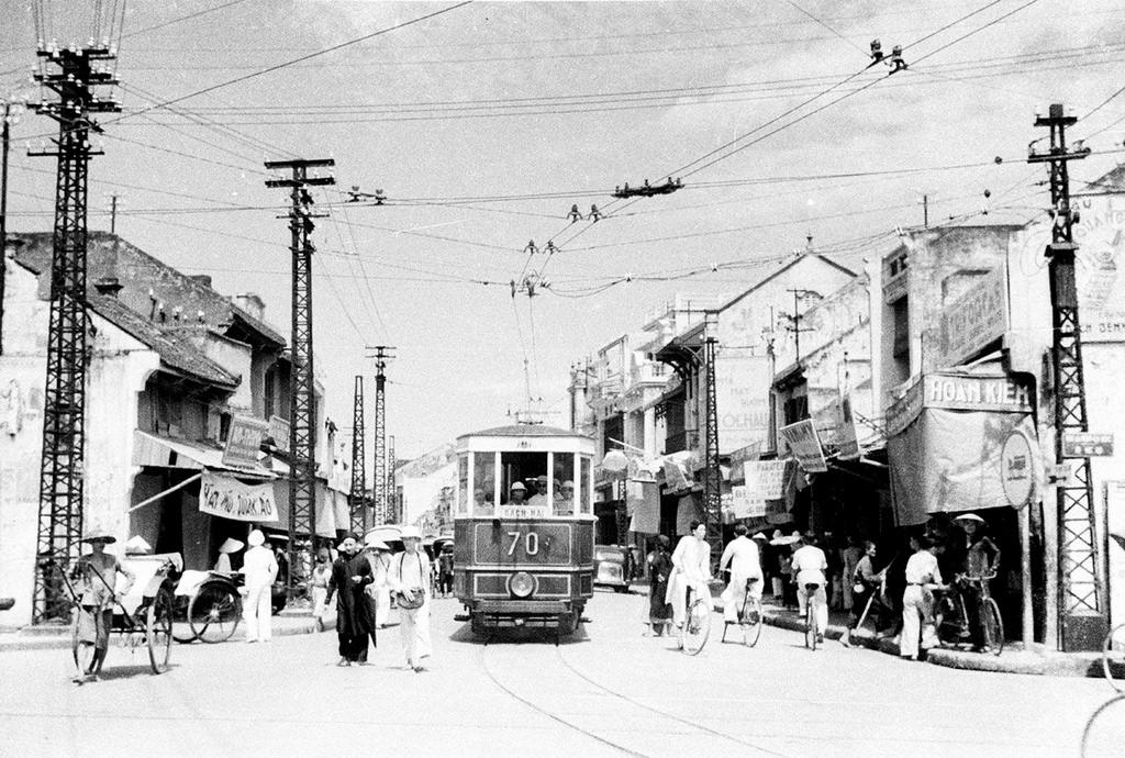 Chuyện giao thông công cộng ở Hà Nội xưa