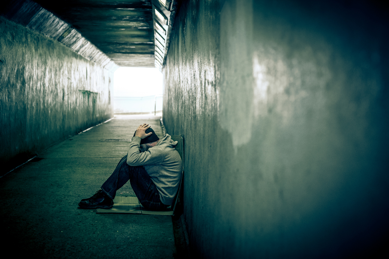 Nghiện ngập là triệu chứng của những kẻ cô đơn?