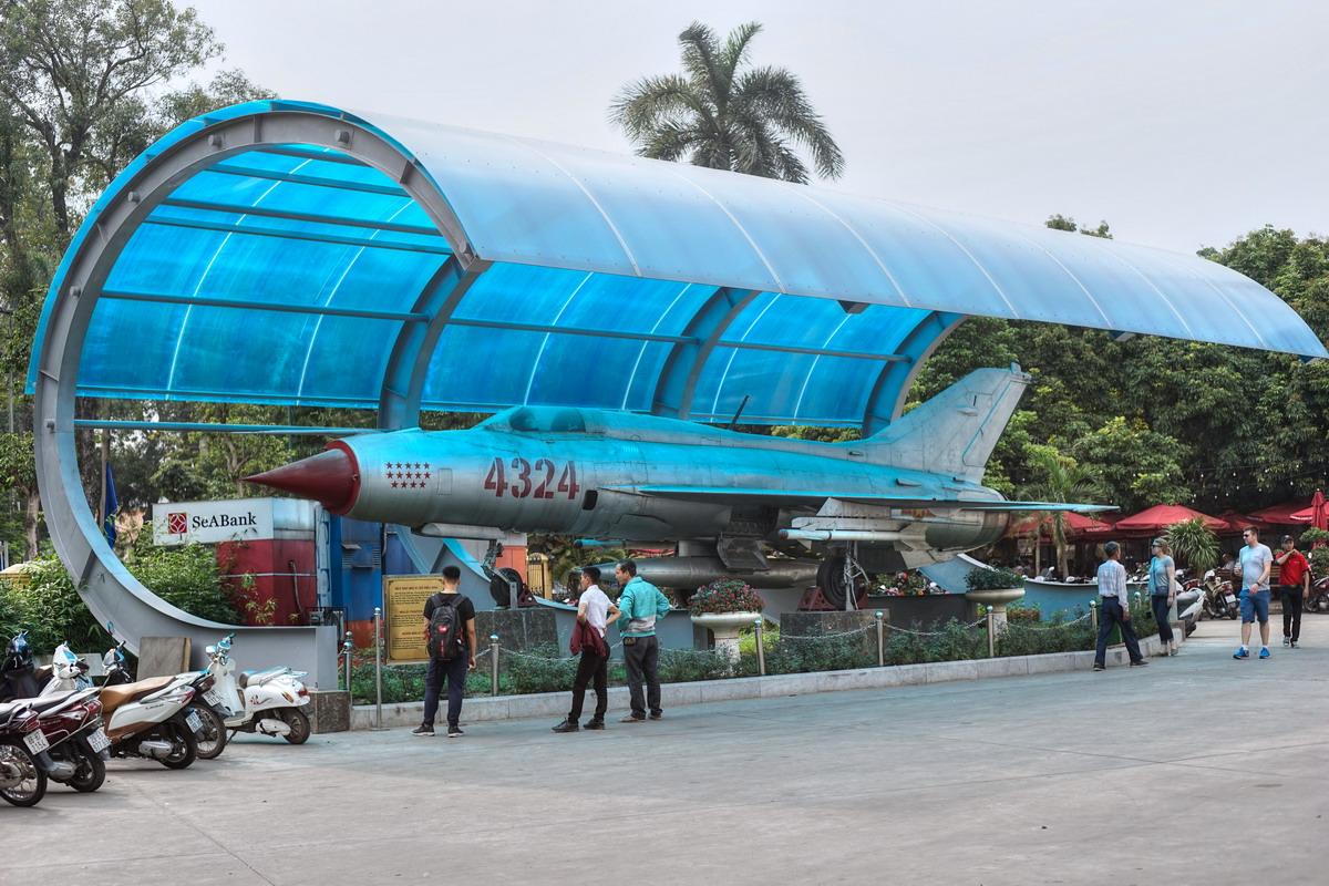 Về triển vọng biến máy bay MiG-21 Việt Nam thành UAV chiến đấu
